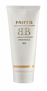 BB No2 krém-mousse - pro tmavší pleť s béžovým podtónem - teplý barevný typ (30 ml)